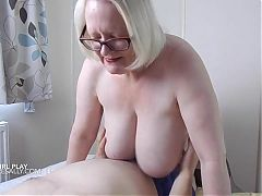 Love playing with cock