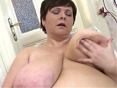 BBW Mom Masturbates on a Chair
