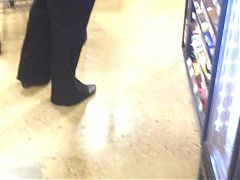 Busty Dreadhead Milf walking across Kroger for me #3