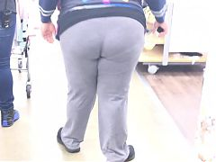 Busty Ebony Walmart Milf swanging that Donk