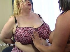 Older busty woman uses a young lady for lesbian sex