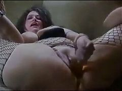 Bbw fucking bottles and getting fucked